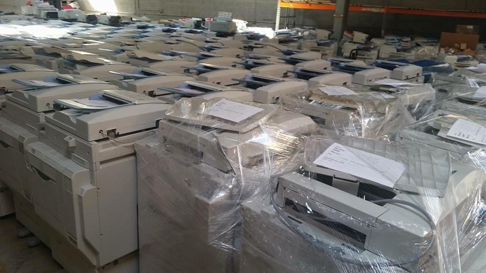 Máy photocopy hàng kho